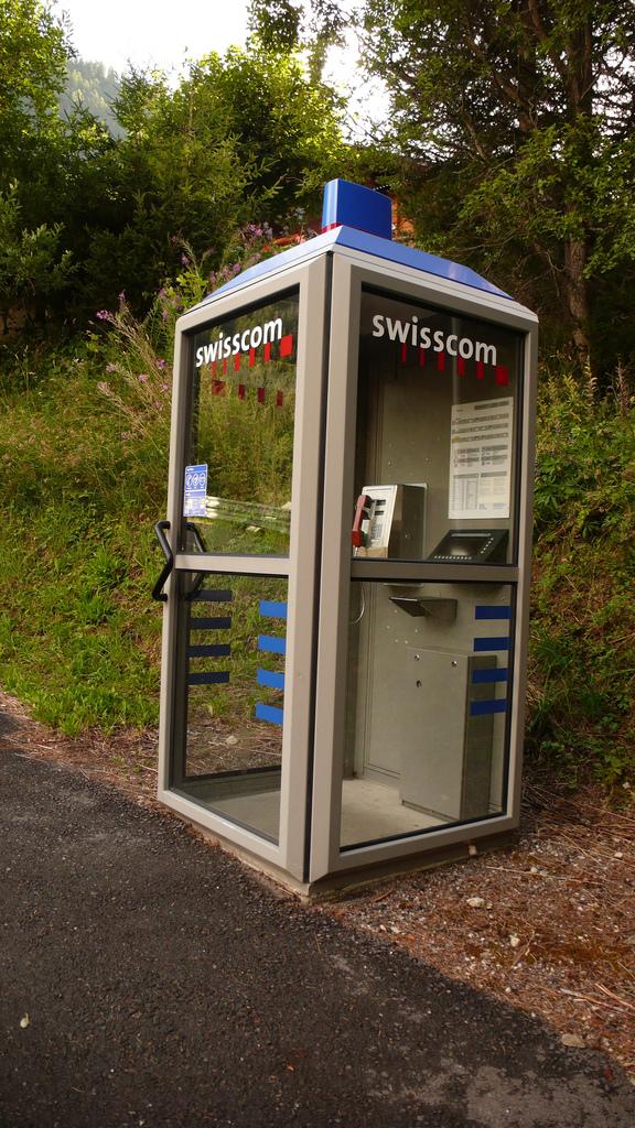 cabine telephonique suisse
