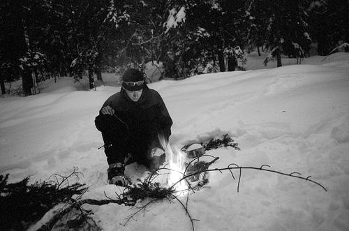 feu dans la neige