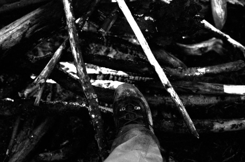 sechage des pieds dans le feu
