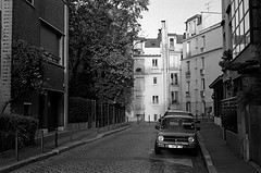 Walking in Paris in the summer in 2009