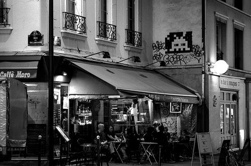 Paris - Space Invaders
