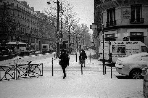 Snow in Paris