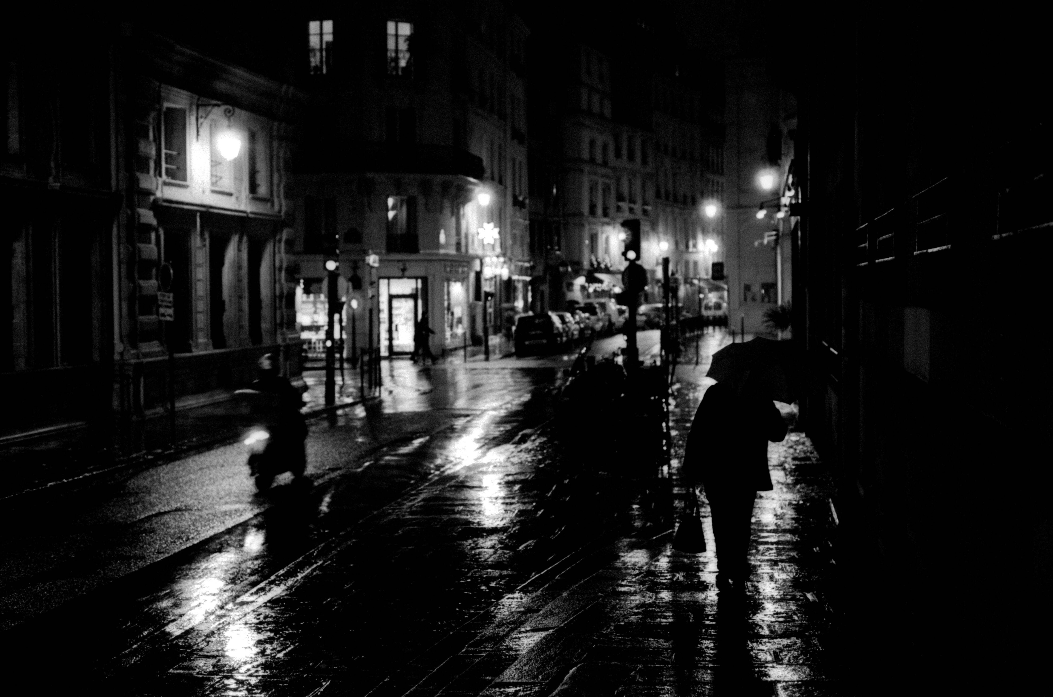 photo 4613036248 rain in paris. Black Bedroom Furniture Sets. Home Design Ideas