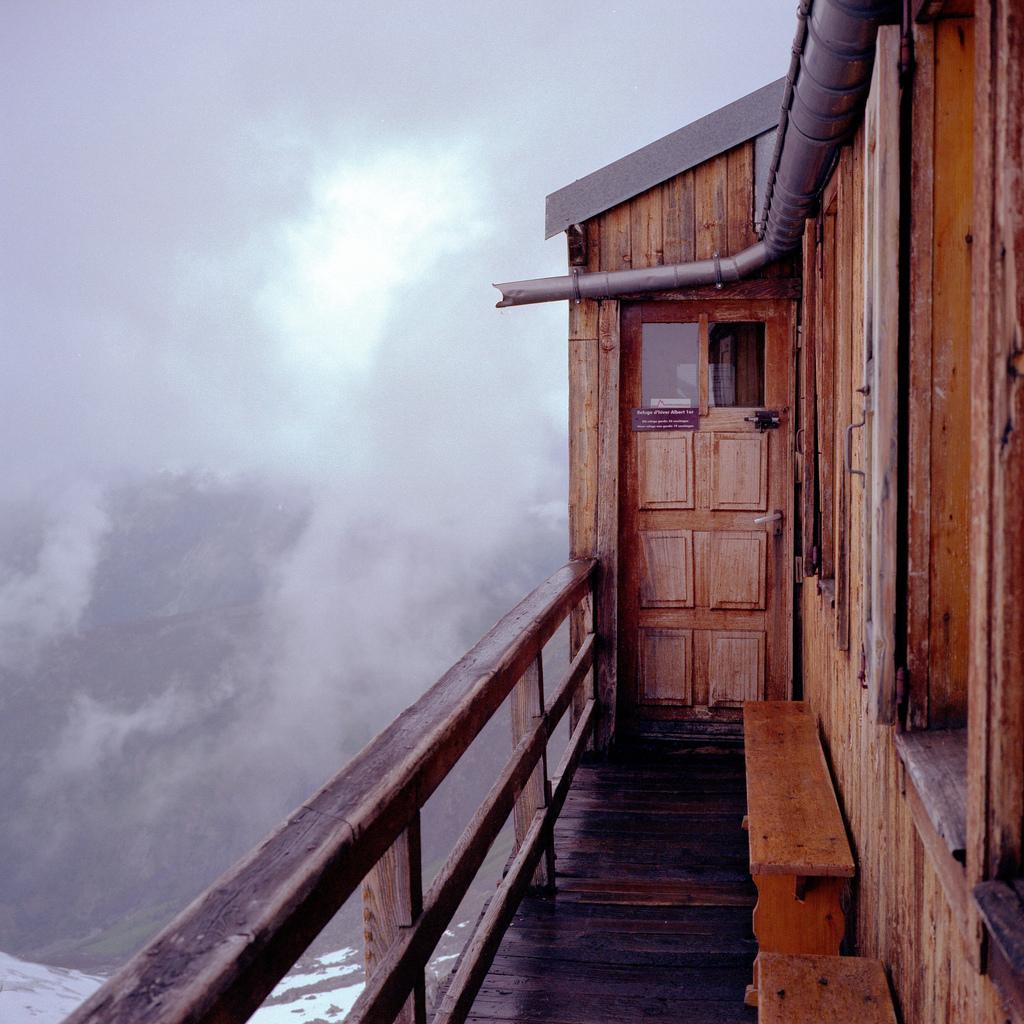 Entrée de l'ancien refuge albert 1er