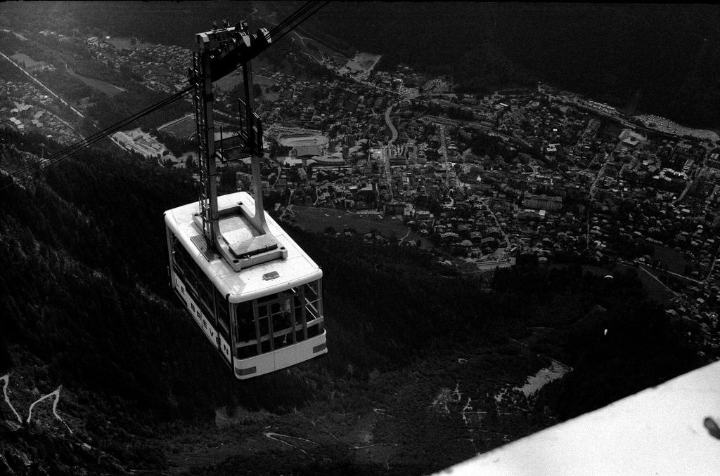 Telepherique du Brevent, au dessus de Chamonix
