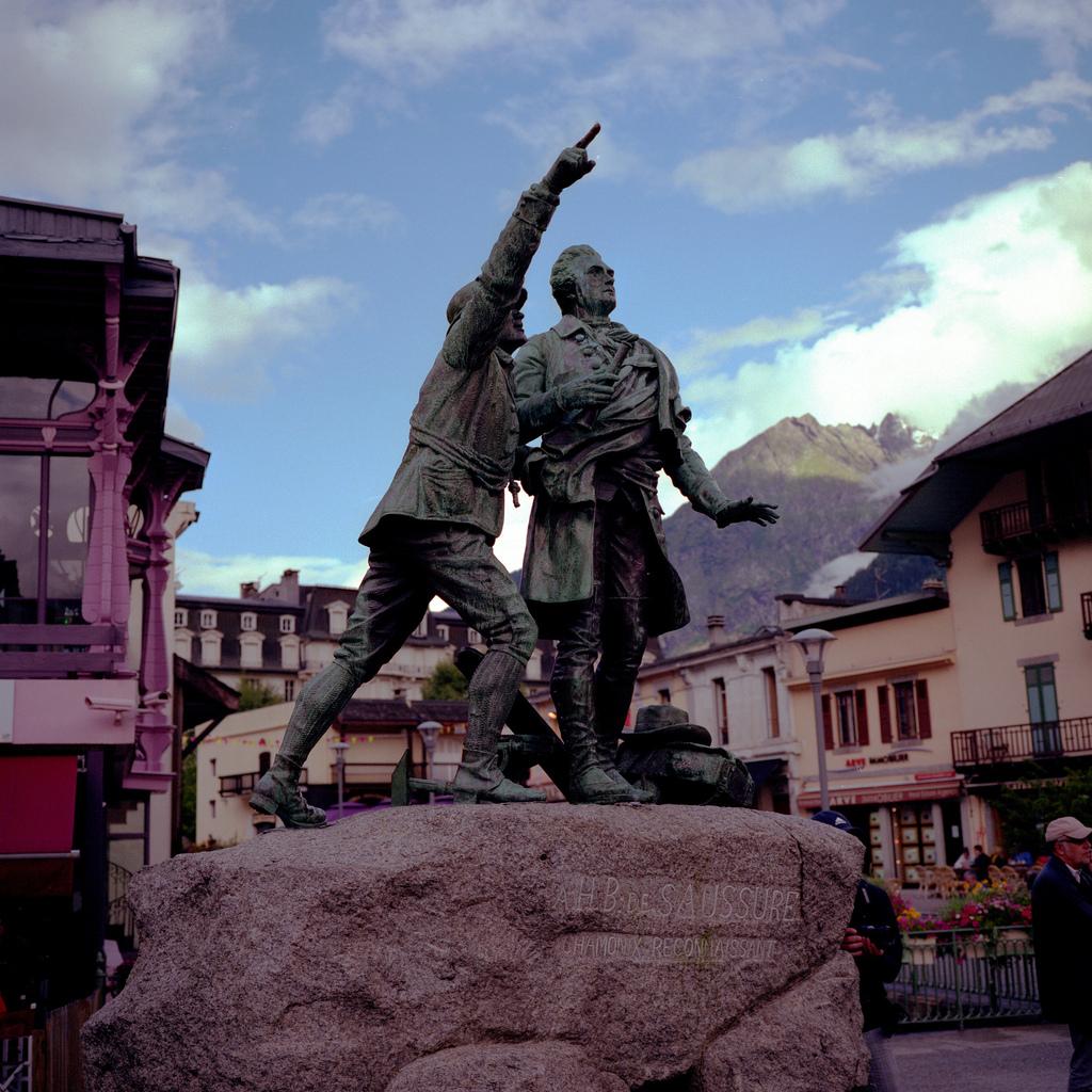 Jacques Balmat montrant le sommet du mont Blanc à Horace-Bénédict de Saussure