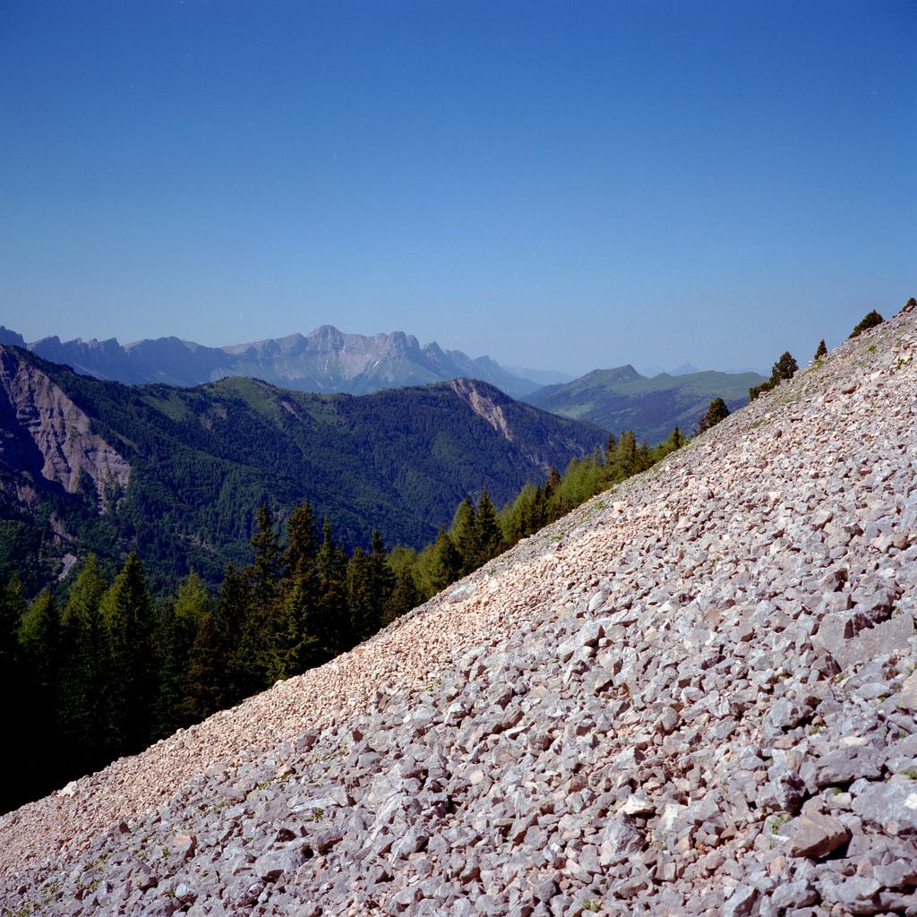 En bas du Mont Aiguille